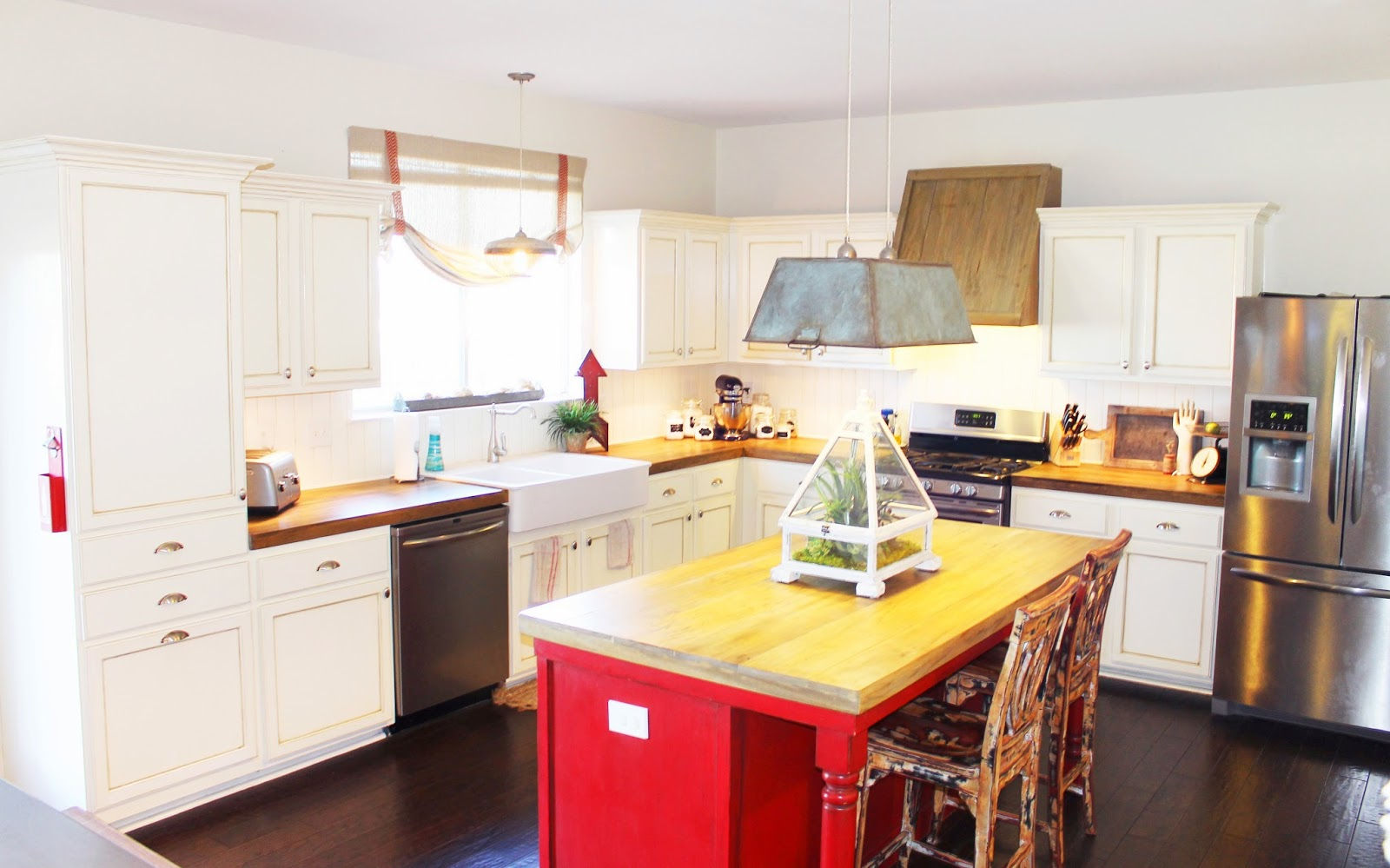 The ragged wren : How-To: Faux Reclaimed Wood Counter Tops