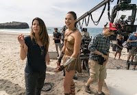 Wonder Woman (2017) Gal Gadot and Patty Jenkins Set Photo 5 (61)