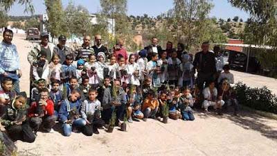 أكادير : المديرية الإقليمية  بتعاون مع النسيج الجمعوي يسلمان عشرات الشتلات   لمدرسة الأطلس أيت الموذن