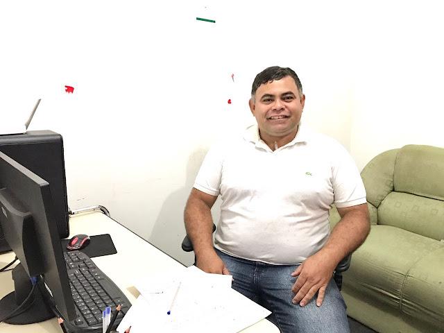Resultado de imagem para FOTO DO LAZARO ALMEIDA de Tarauaca