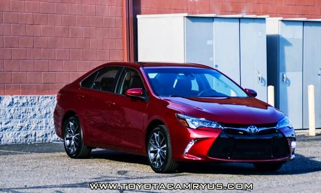2016 Toyota Camry XSE V6 Hybrid Review Interior