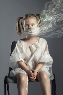 Green Pear Diaries, fotografía, Lee Howell, Anti Passive Smoking Awareness