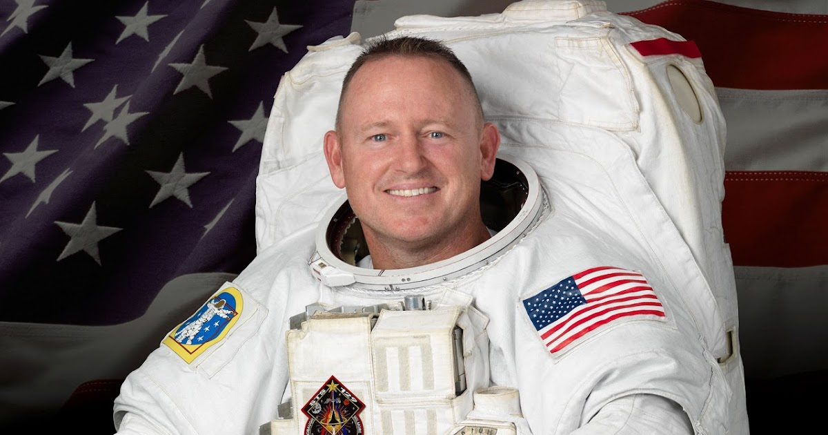 American300 Tours News: Navy Astronaut Reunites with ...