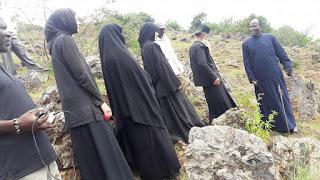 Νέες φωτογραφίες από την ζωή της αγνώριστης Ναταλίας Λιονάκη ως μοναχή Φεβρωνία στην Κένυα