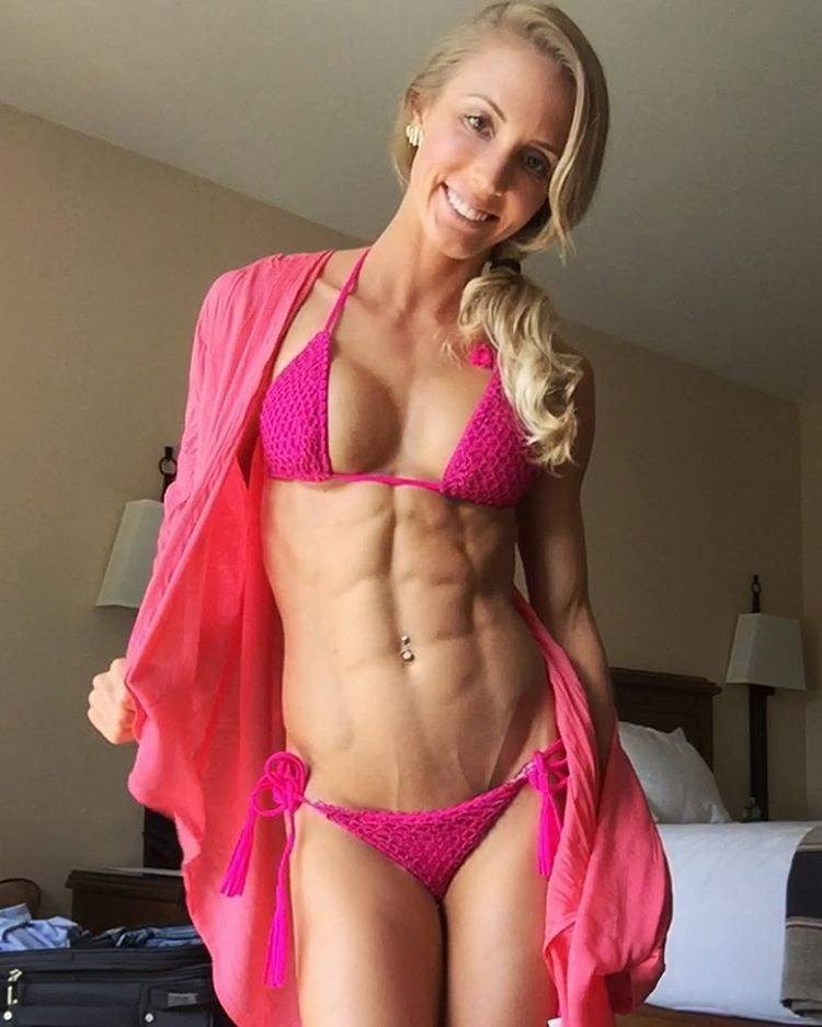 The mega form Fitness of Rachel Scheer