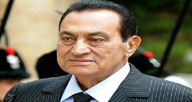 صورة جديدة لحسني مبارك من المستشفي العسكري......و الداخلية تعتذر