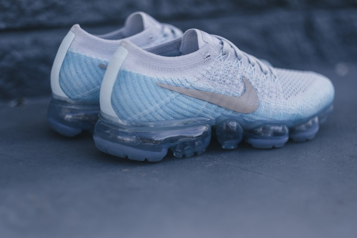 Swag Craze First Look Nike Vapormax Flyknit Ice Flash 2 All White Premium Coming With An Official Colour Scheme Noted As This Comes A Light Grey Hued Upper Offset By The Glacier Blue Hits On