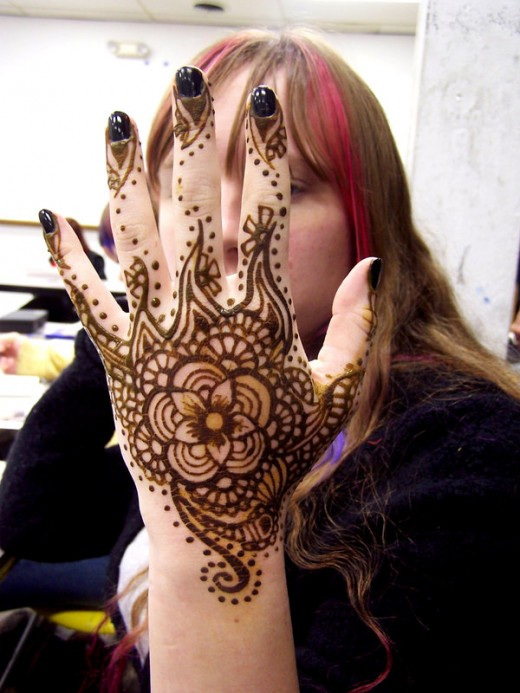 Beautiful Mehndi Designs For Pakistani Girls Blondelacquer
