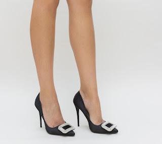 pantofi eleganti negri pentru evenimente cu pietre pretioase