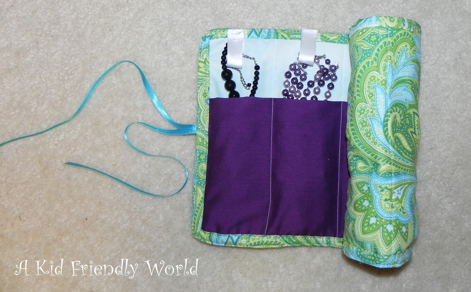 A Kid Friendly World: Travel Jewelry Holder PREVIEW