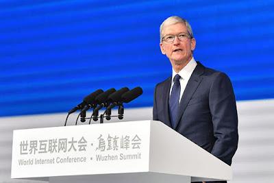 Тим Кук, генеральный директор Apple, на Всемирной интернет-конференции в Китае в 2017 году.
