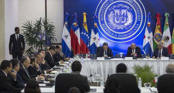 Miguel Vargas dice que todo está listo para reanudar diálogo sobre Venezuela