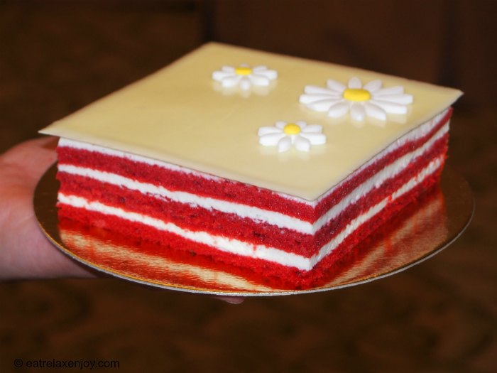Waldorf Astoria Red Velvet Cheesecake Recipe