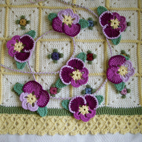 Crochet Pansies - Free Pattern