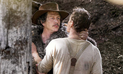 Sinopsis Film Slow West 2015 (Michael Fassbender, Rory McCann)