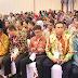 Berhasil Bina Kabupaten dan Kota Peduli HAM, Gubernur Sumbar Dianugerahi Penghargaan