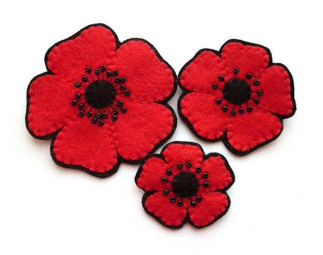 Felt poppy brooches