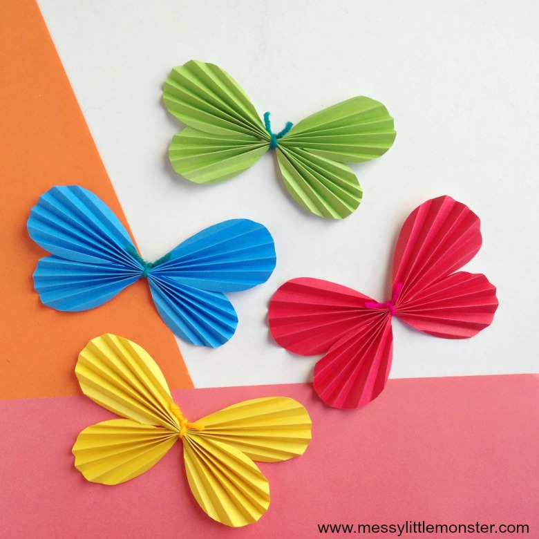 Butterfly paper craft for kids with a free butterfly wing printable template.