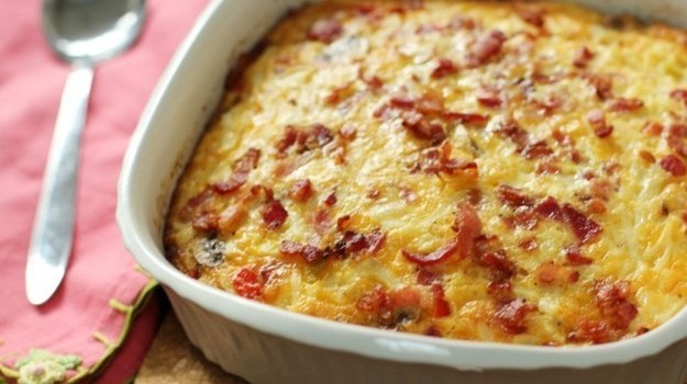 Σουφλέ µε τυρί και ζαµπόν