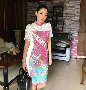 Contoh Baju Batik Kantor Yang Elegan