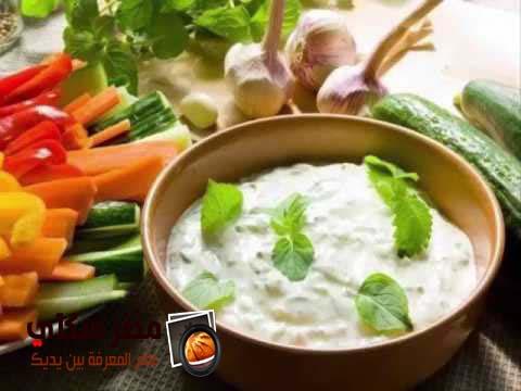 خطوات عمل صلصة الجبنة البيضة بالريكوتا والبصل بالصور