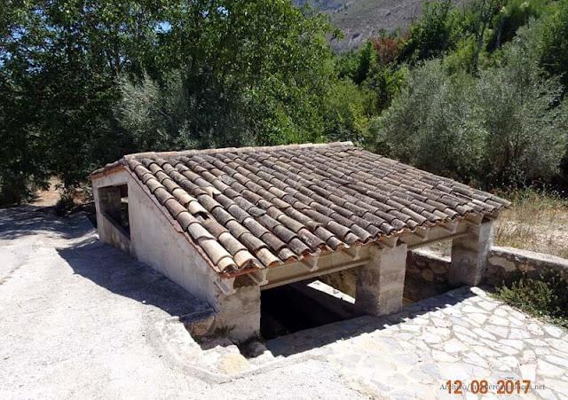 lavadero-font-de-la-teulada