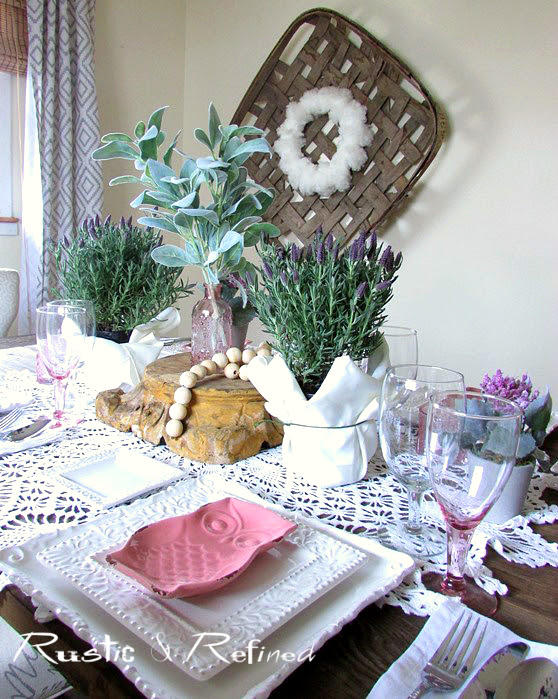 Soft and Romantic Tablescape Ideas