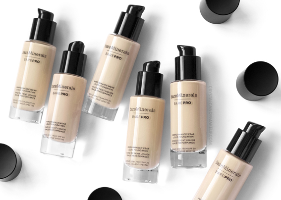 BareMinerals BarePRO Performance Wear Liquid Foundation Review Photos Swatches Before After Oily Skin
