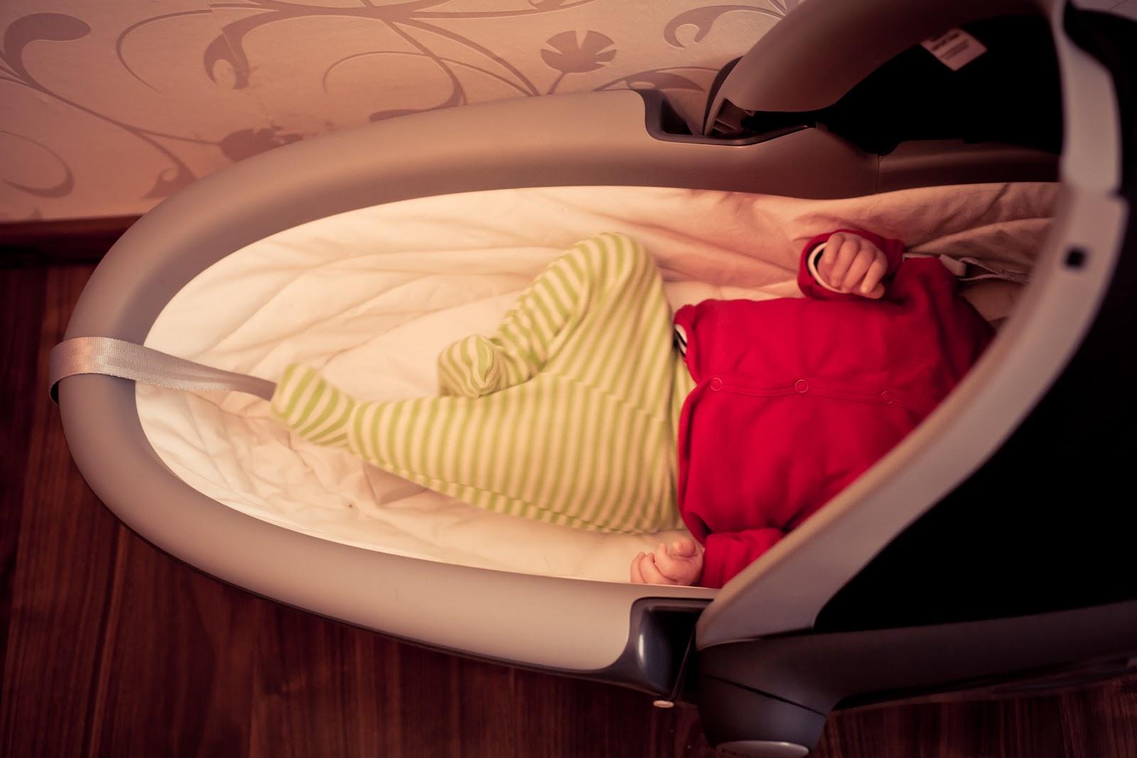 r mer baby safe sleeper. Black Bedroom Furniture Sets. Home Design Ideas