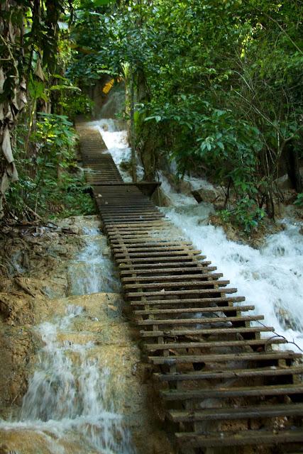 kuang-si-waterfall-luang-prabang-laos