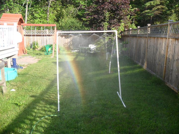 Sew Many Dreams: Best sprinkler ever!