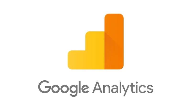 [صورة مرفقة: google-analytics.webp]