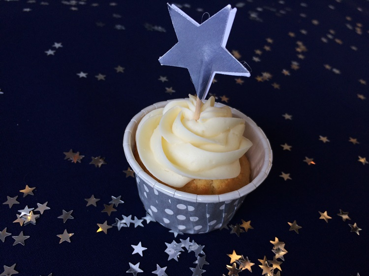 Vanilla cupcake with silver star topper - simple awesomeness