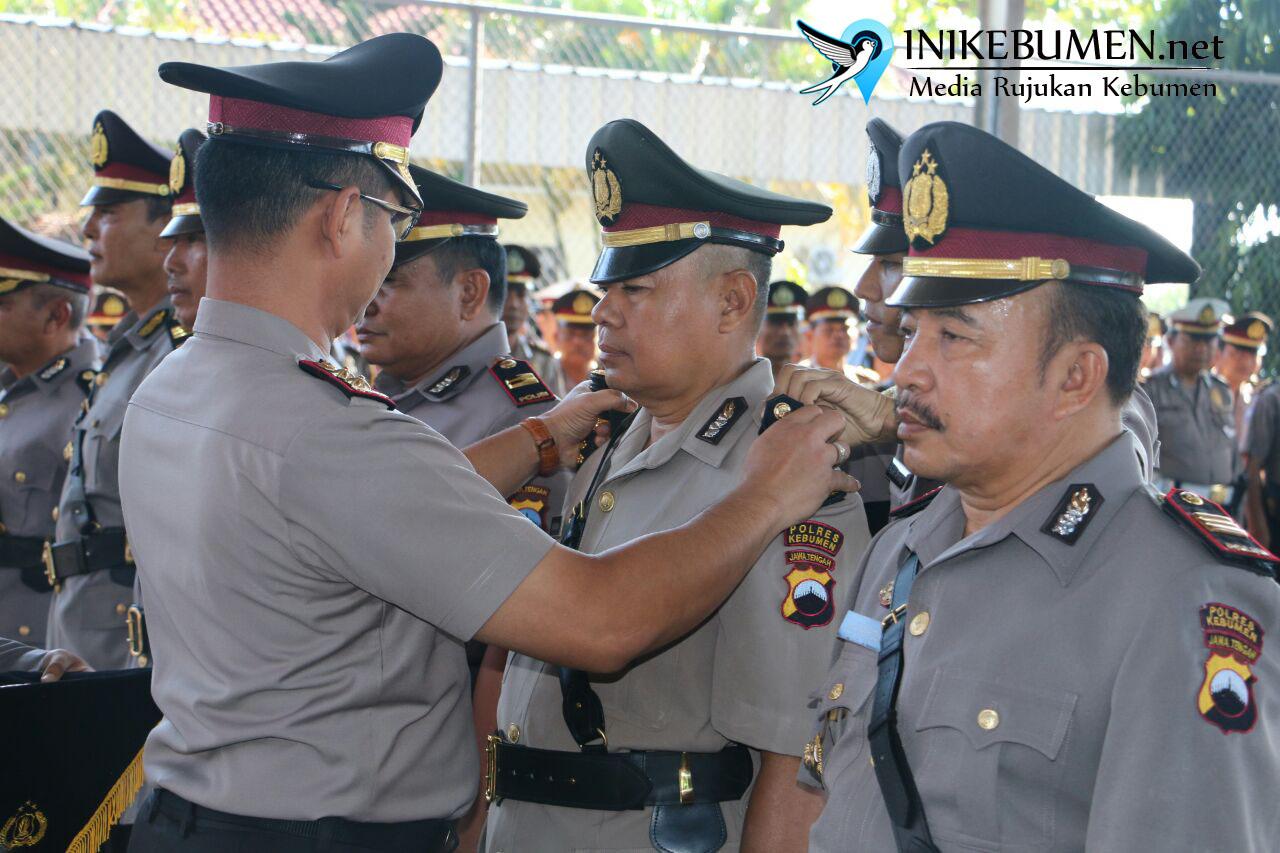 Dua Perwira Menengah Pensiun, 7 Pejabat Penting di Polres Kebumen Dimutasi