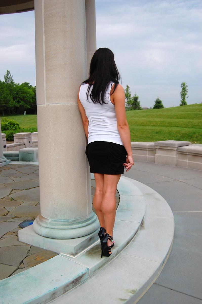 Her Calves Muscle Legs: Muscled up calves