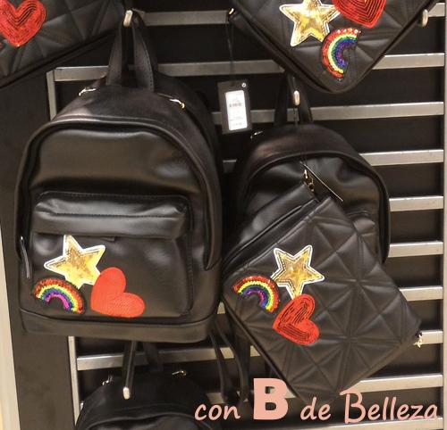 Bolso y mochila con parches