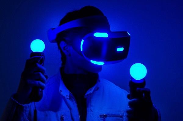 جهاز PS5 قد يتيح إمكانية استخدام خوذة الواقع الإفتراضي PS VR لا سلكية بعد هذه الخطوة من سوني !