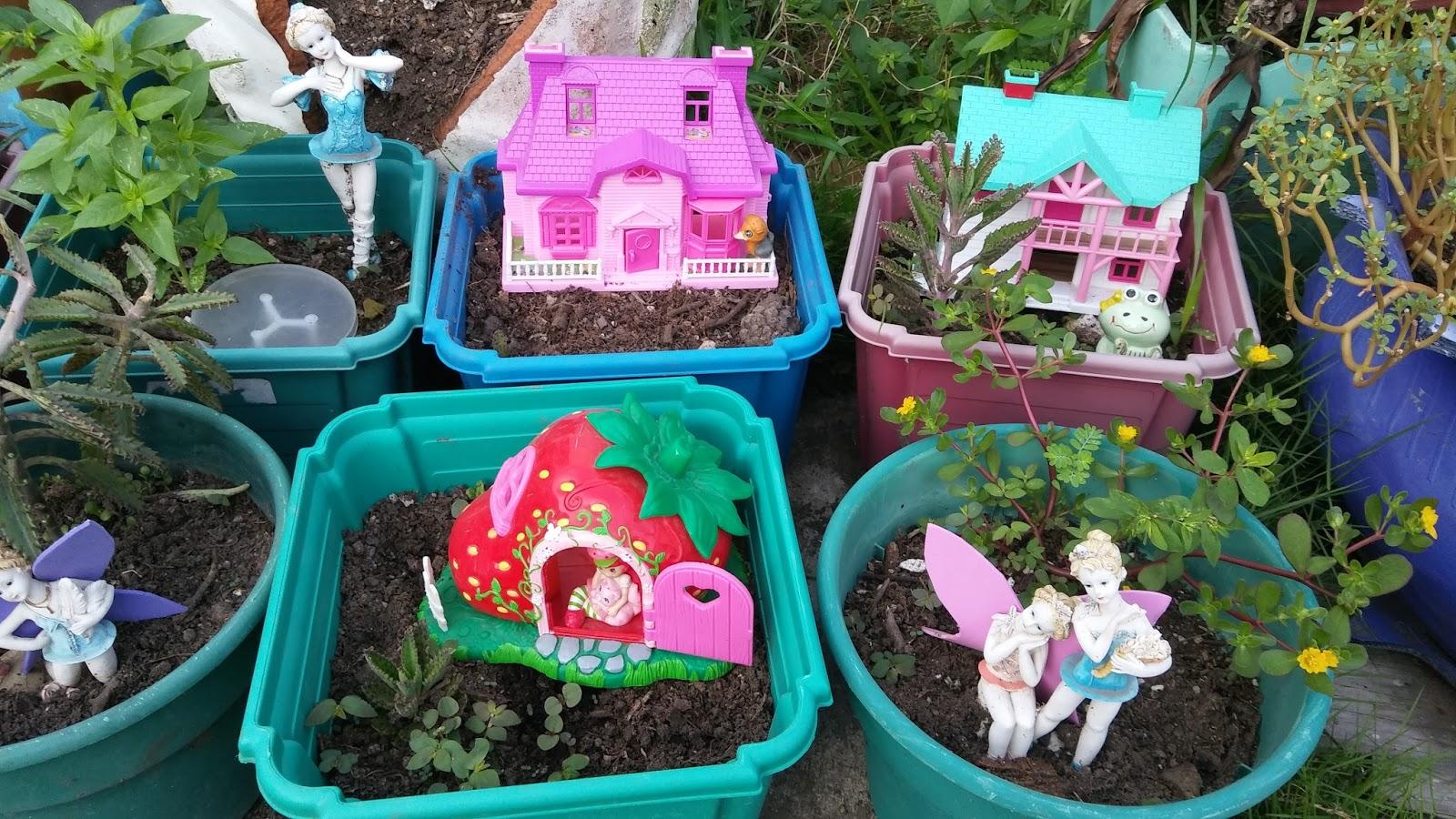 Tocando mis sue os jardin de hadas - Casitas en macetas ...