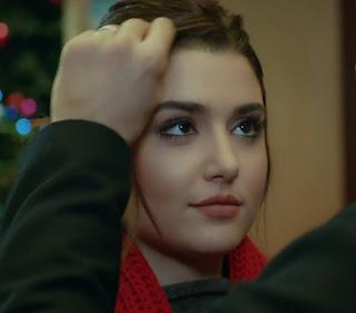 Miss Turkey Hande Ercel As Hayat Uzun In Turkish TV Serial Ask Laftan Anlamaz (70)