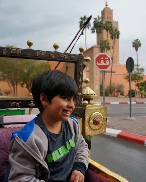 passeio de charrete em Marrakesh