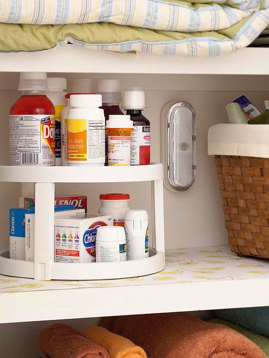 31 Days of Organizing Tips: Day 17 (Medicine Cabinet ...