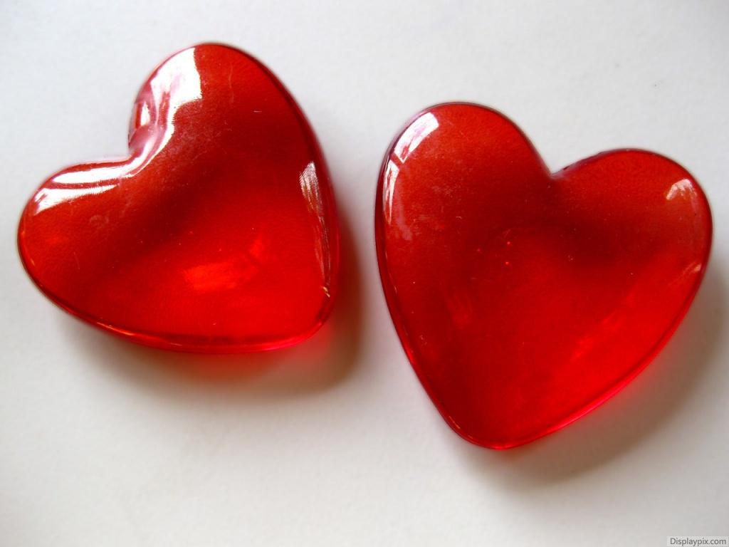 Red Crystal Heart Wallpaper