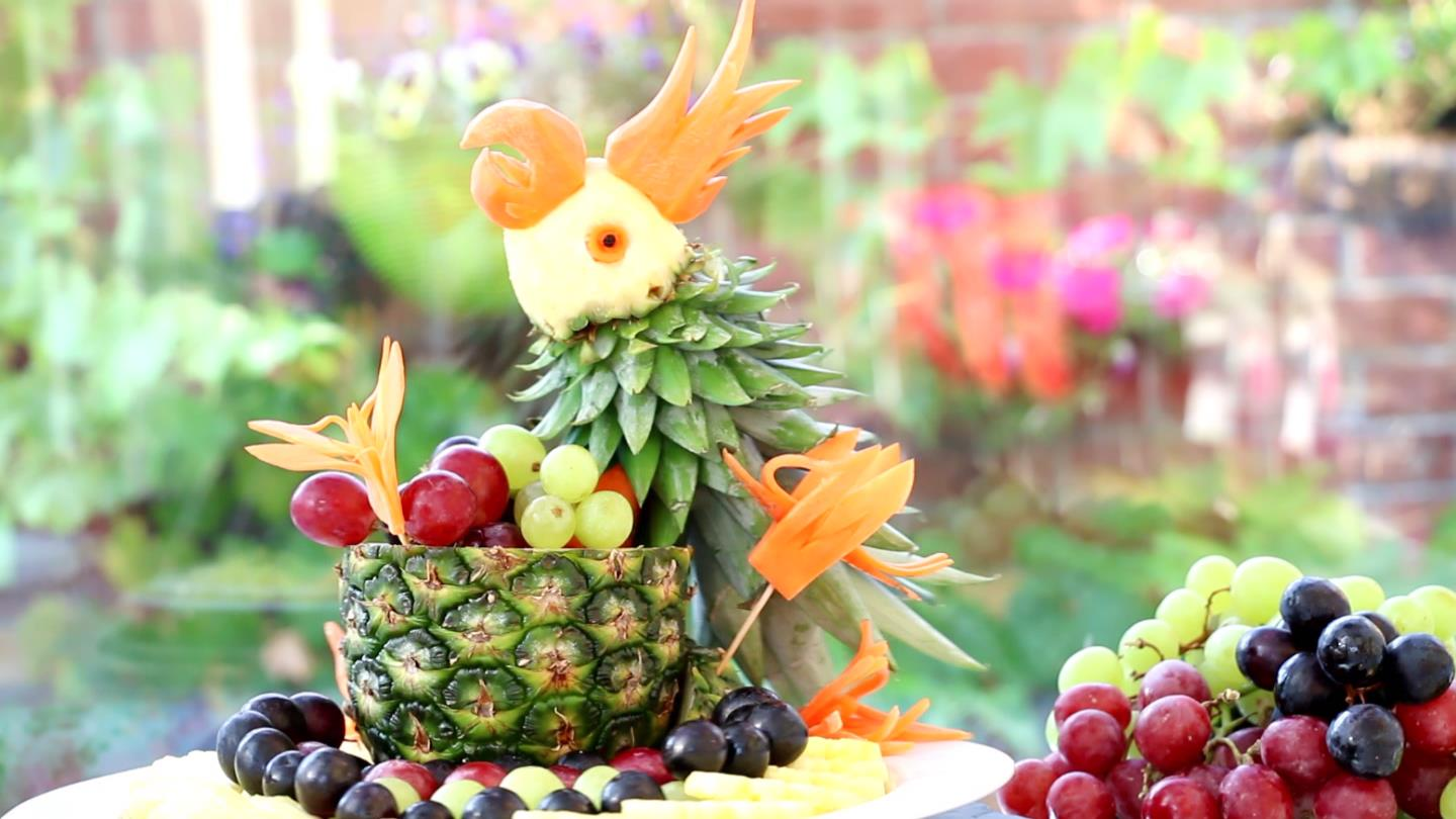 The art of vegetable and fruit carving original works by