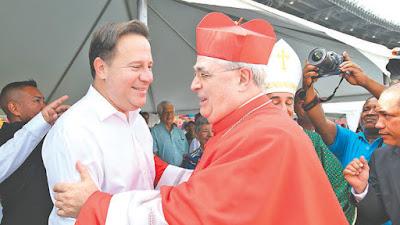 papa iglesia catolica millones dolares presidente varela juan carlos