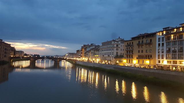 нощна Флоренция