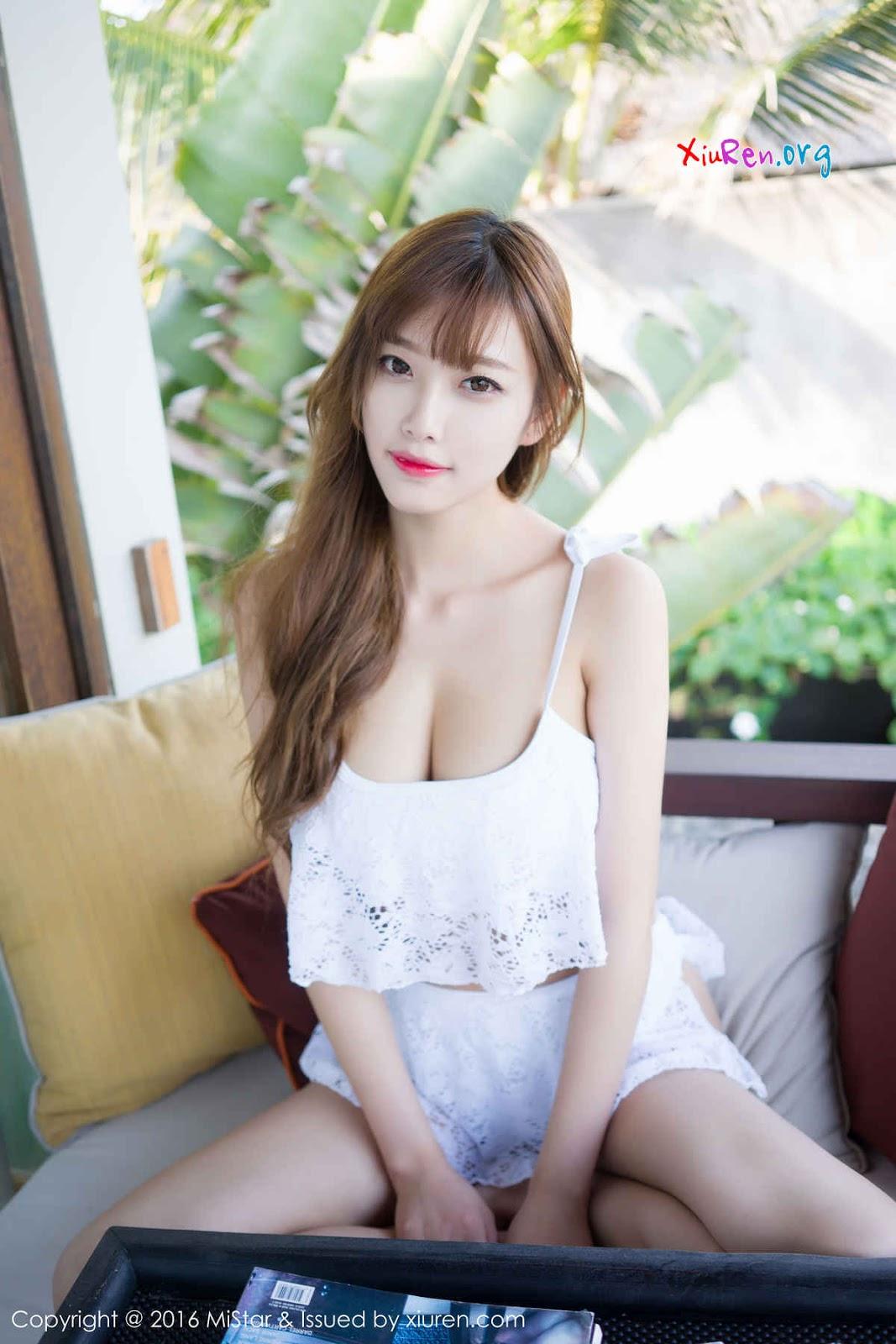 Gái xinh trắng đẹp gợi cảm - em thích khoe hàng
