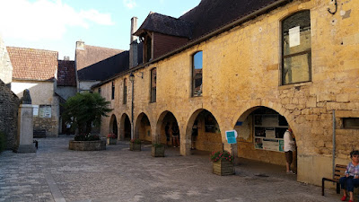 Montignac. Hospital de Sant Joan