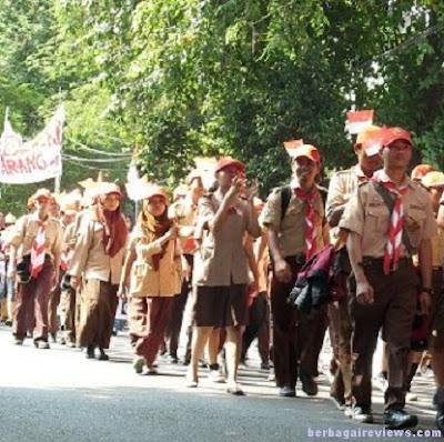 Gerakan Pramuka Diperkenalkan di Indonesia - berbagaireviews.com