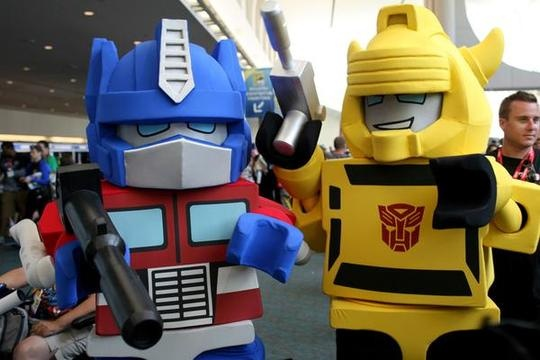 Optimus Prime and Bumblebee Lego Cosplay
