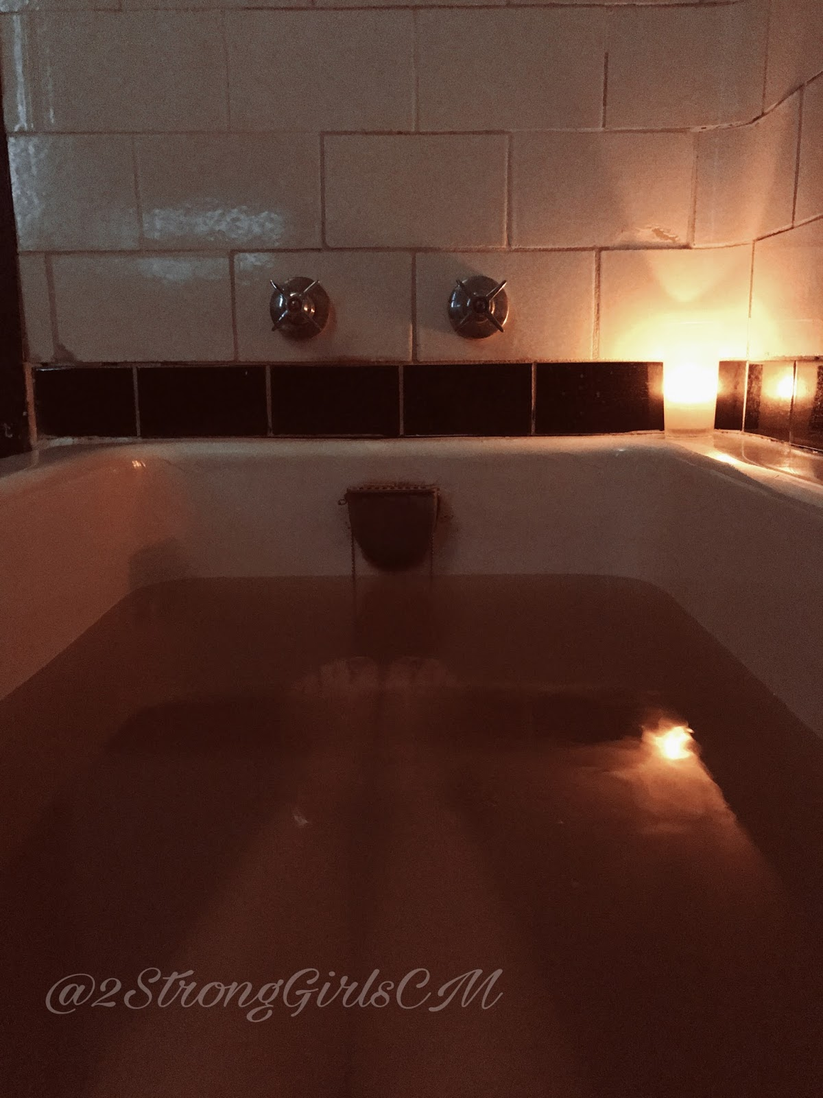 bath springs girls Arlington resort hotel & spa offers,  one mineral water whirlpool bath and massage (20 minute)  stay at the arlington and play at magic springs & crystal falls,.